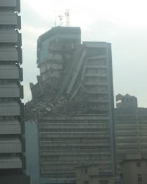 Immeuble endommagé à Lagos, Nigeria